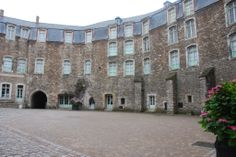 France - Boulogne Chateau Museum Courtyard
