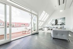 Minimalist Penthouse Apartment in Berlin Has a Gallery Feel - http://freshome.com/minimalist-penthouse-apartment-berlin/