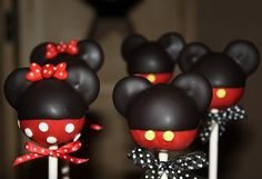 Mickey and Minnie Mouse Inspired Cake Pops