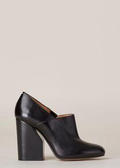 Maison Martin Margiela Loafer Heel (Black) Black Loafers, Heeled Loafers, Black Heels, Heeled Mules, Cute Shoes, Me Too Shoes, Business Chic, Everyday Shoes, Martin Margiela