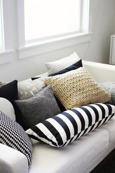 Nautical pillows.
