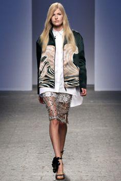 Sfilata N°21 Milano - Collezioni Primavera Estate 2014 - Vogue