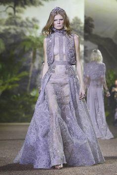 Fashion Friday: Elie Saab Haute Couture Spring/Summer 2016 | http://brideandbreakfast.ph/2016/02/05/elie-saab-haute-couture-ss-2016/