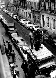 François Truffaut par Raymond Cauchetier sur le plateau de L'amour à / Antoine et Colette de Vingt 1962