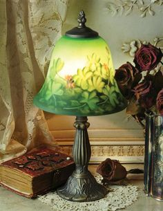 Kilkenny lamp: beautiful Irish clovers painted on frosted glass.