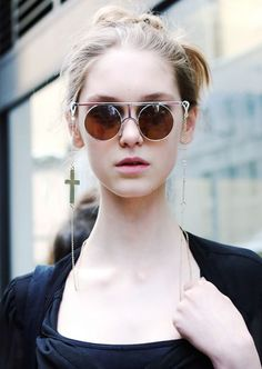 Eyewear That Every Woman Should Own  Shopping for eyewear can feel a little formulaic. The sun is out so here is our list of the only sunglasses you will ever need! Looking to update your wardrobe with some key sunnies for the summer? There are 5 styles every woman needs in her collection and we have rounded up our perfect edit. When it comes to eyewear, sunglass shapes and brands seem to fall in and out of favor as quickly as do denim silhouettes and washes. But just like jeans, there are a…