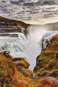 Gullfoss Waterfall Photos of the most beautiful places to visit in Iceland One of the main attractions of the Golden Circle, Gullfoss is actually made up of two tiered waterfalls.