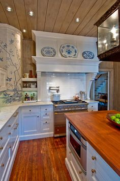 """Kitchen: """"Rustic"""" merges with """"Country"""" - traditional - kitchen - charlotte - Andrew Roby General Contractors"""