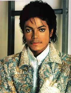 Love this jacket. He looks so handsome ;)