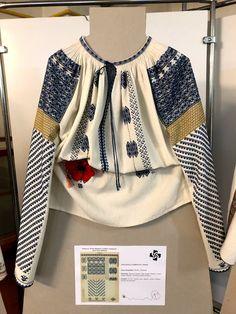 Traditional Art, Fashion News, Ideias Fashion, Blouse, Long Sleeve, Sleeves, Tops, Women, Peles Castle
