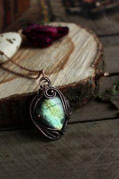 Copper  Labradorite pendant Unique pendant Wire copper by TiKorali