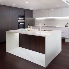 We are loving the use of Calacatta Nuvo throughout this modern kitchen. *Design by: @retreat_design (scheduled via http://www.tailwindapp.com?utm_source=pinterest&utm_medium=twpin&utm_content=post95949823&utm_campaign=scheduler_attribution)
