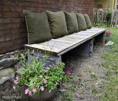 Garden bench made from an old garage door. I knew I should have kept that old door! Diy Garden, Home And Garden, Outdoor Seating, Outdoor Decor, Outdoor Fabric, Recycled Door, Wood Garage Doors, Garage Signs, Old Doors