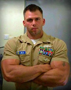 Sexy Military Men, Military Jacket, Military Army, Muscle Hunks, Muscle Men, Military Workout, Hot Cops, Men In Uniform, Polo Ralph Lauren