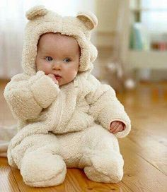 10 Things The Baby's Kicks Are Saying About The Pregnancy - Mimicrop So Cute Baby, Baby Kind, Cute Baby Clothes, Cute Kids, Adorable Babies, Babies Clothes, Newborn Baby Boy Clothes, Newborn Winter Clothes, Cute Babies Newborn