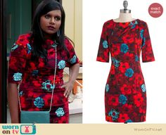 Mindy's red and blue floral print dress on The Mindy Project. Outfit Details: http://wornontv.net/21120 #TheMindyProject #Fox