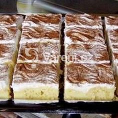 Pudinkové řezy se skořicí recept - Vareni.cz Tiramisu, Ethnic Recipes, Food, Essen, Meals, Tiramisu Cake, Yemek, Eten