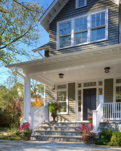 Traditional Home front steps railing Design Ideas, Pictures, Remodel and Decor