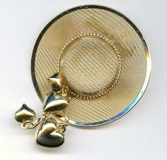 Vtg 1980s Lrg Gold Tone Mesh My Fair Lady Hat Style Heart Dangle 3D Brooch Pin #Unbranded