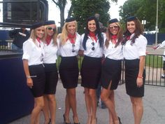 World stewardess Crews: Red Bull Stewardess costume in marketing campaign Group Halloween Costumes, Group Costumes, Cool Costumes, Halloween Party, Halloween 2020, Karneval Outfit, Halloween Disfraces, Skirt Suit, Sexy Outfits