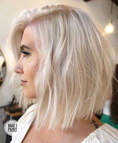 Most beautiful and perfect ideas of sandy blonde hair colors for ladies of every age group. If you really wanna make you look more cute then we advise you to try these amazing sandy blonde hair color shades in Platnium Blonde Hair, Platinum Blonde Bobs, Hair Blond, Blonde Bob Haircut, Platinum Bob, Blond Bob, Haircut Short, Long Blonde Bobs, Platinum Blonde Hairstyles