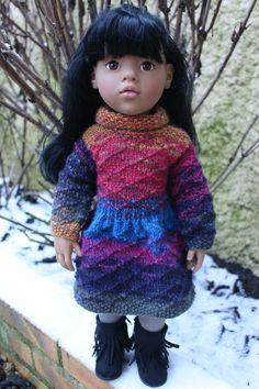 MELODIE REINE DES NEIGES   tuto robe d'hiver pour poupée 50 cms.