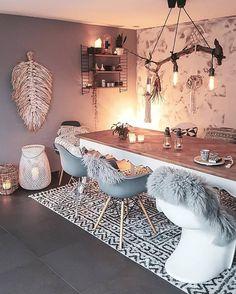 New Stylish Bohemian Home Decor Ideas - Bohemian Home Diy Bohemian Living, Bohemian Decor, Boho Chic, Boho Style, Dining Table Rug, Home And Living, Living Room, Home Improvement Loans, Home Decor Inspiration
