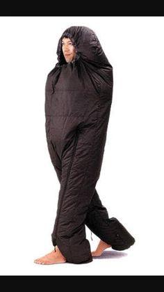 【画像】なぜ作った…「着るエビフライ寝袋」が発売される : キニ速