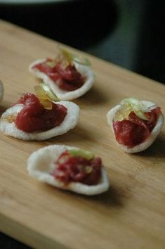 Aperitif with nuts - Clean Eating Snacks Party Finger Foods, Finger Food Appetizers, Appetizers For Party, Appetizer Recipes, Tapas Party, Party Snacks, Carpaccio, Silvester Party, High Tea