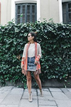 Collage Vintage: 100 mejores looks - StyleLovely Looks Style, My Style, Collage Vintage, Autumn Winter Fashion, Winter Style, Fall Winter, Autumn Street Style, Vintage Denim, Dress To Impress