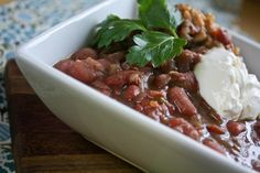 Vegan slow cooker red beans and rice Slow Cooker Red Beans, Vegan Slow Cooker, Slow Cooker Recipes, Red Beans N Rice Recipe, Fat Free Vegan, Red Pepper Sauce, Vegan Kitchen, Plant Based Eating, How To Dry Oregano