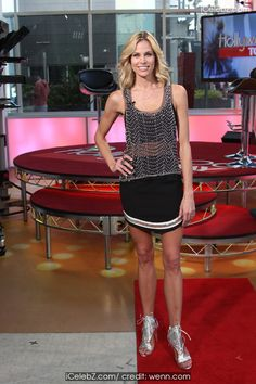 Brooke Burns Arrives for talk show, 'Hollywood Today Live' at BiteSize Entertainment Networks studio http://icelebz.com/events/brooke_burns_arrives_for_talk_show_hollywood_today_live_at_bitesize_entertainment_networks_studio/photo2.html