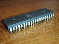 Microcontroller Tutorial (1/5): What is a Microcontroller?