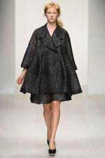 Simone Rocha Spring 2013 Ready-to-Wear Collection on Style.com