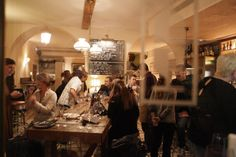 Plaza del Vi 7, Good wine and tapas under the arches and next to the imposing cobbled street of Plaza del Vi in Girona