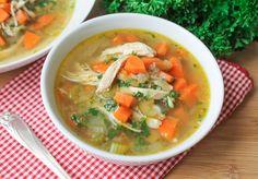 Voor alle quinoakutten onder ons: een heerlijke quinoa-kippensoep! Perfect voor zo'n grijze, grauwe dag als vandaag.  Recept--> http://foodness.nl/recipe/detail/671_quinoa_kippensoep