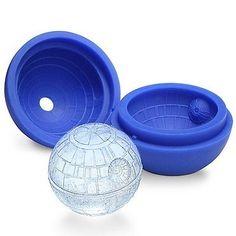 Forma em silicone produz gelo e chocolate em formato de aeronave do filme Star Wars - Hiper Original