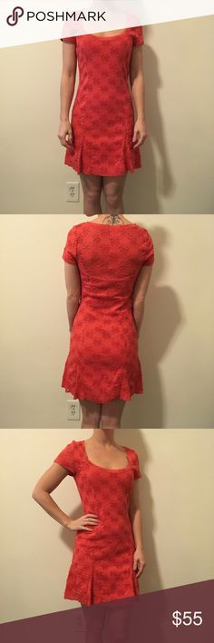 FREE PEOPLE Orange Flower Needlepoint Dress Free People Orange dress with a Floral pattern and a needle point like style and is lined. Short sleeve and is above knee length! Mini length! Size small!! Free People Dresses Mini