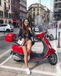 (notitle) - Scooters N Stuff - Motorrad Scooters Vespa, Motos Vespa, Piaggio Vespa, Lambretta Scooter, Motor Scooters, Vintage Vespa, Lady Biker, Biker Girl, Girl Motorcycle