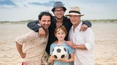 Drei Väter sind besser als keiner.   Bildquelle: ARD Degeto/Boris Laewen