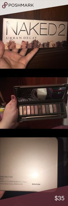URBAN DECAY NAKED 2 PALETTE URBAN DECAY NAKED 2 PALETTE  USED A FEW TIMES. Only color that's used a little bit more is half baked. Every other color has 80-85% of product!!!!!!  Free mystery gift valued up to 10 dollars will also be sent ! Urban Decay Makeup Eyeshadow