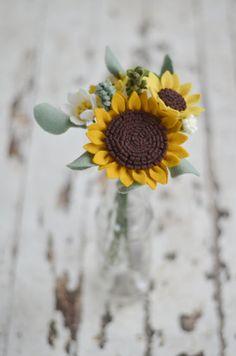Sunflower & Wildflower Felt Flower Bouquet / Ready-To-Ship Handmade Merino Wool-Blend Forever Flowers in Ochre, Mustard, Linen, and Greenery
