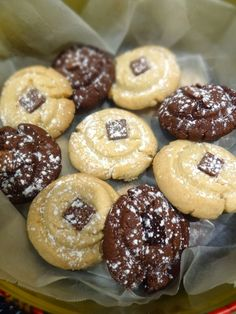 Scrumpdillyicious: Mary McLeod's Chocolate Shortbread