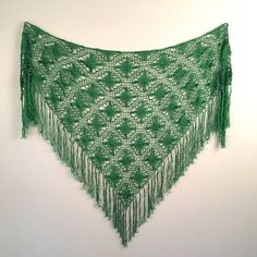 Gorgeous Kelly Green Shawl vintage Hand Crocheted Lace Fringe