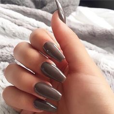 Autumn nails, Business nails, Coffee gel polish, Coffee nails, Discreet nails, Easy nails for girls, Everyday nails, Ideas of plain nails So simple and beautiful!