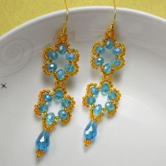 The final look of be     The final look of beaded flower earring patterns