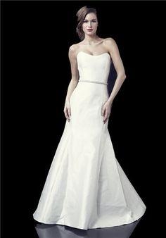 Silk fit-n-flare wedding gown with scoop neckline | Sophie Paulette with Audrey Belt from Heidi Elnora