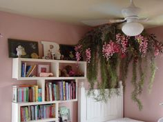 "I want to make a ""secret garden"" room. Horrible for dust but awesome for looks! vines corner"