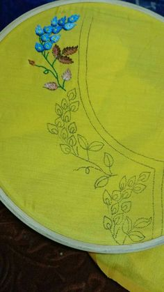 Ribbon Embroidery Flowers by Hand - Embroidery Patterns Hand Embroidery Dress, Tambour Embroidery, Flower Embroidery Designs, Embroidery Suits, Hand Embroidery Stitches, Silk Ribbon Embroidery, Floral Embroidery, Fabric Painting, Clothing Patterns
