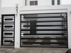 1347156705_436958199_2-Fotos-de--PORTONES-ELECTRICOS-Y-HERRERIA-EN-GENERAL-CREDITO-DISPONIBLE House Main Gates Design, Front Gate Design, Door Gate Design, House Front Design, Railing Design, Fence Design, Gate Designs Modern, Modern Gates, Modern Garage Doors
